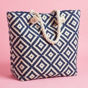 Summer and rose large beach chevron tote